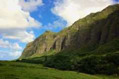 Oahu Itinerary: The Top 10 Things To Do in Hawaii — ckanani luxury travel & adventure 50 First Dates, Kualoa Ranch, Pearl Harbor, Oahu Hawaii, Jurassic Park, All Over The World, Places Ive Been, Hawaiian, Punch