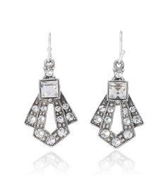 These Thomas Laine Gatsby crystal drop earrings are only 80$! Can you believe it!? (Oh, and they have matching hair pins, clips, necklace, etc.)