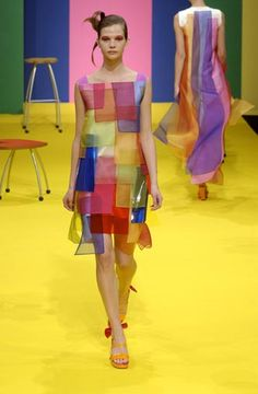 Agatha Ruiz de la Prada - Ready-to-Wear - Runway Collection - Women Spring / Summer 2003