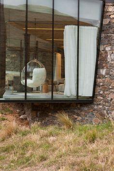 CharlesRayandCoco- blog decoration et design - bordeauxseascape_retreat_banks_peninsula_pattersons_yatzer