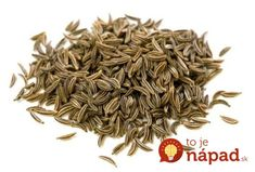 Cumin is one of the most popular spices in the world. Know the benefits, uses and its versatility in the kitchen with cumin recipes. List Of Essential Oils, Essential Oil Uses, Caraway Seeds, Medicinal Herbs, Organic Oil, Food Allergies, Natural Medicine, How To Dry Basil, Health Benefits