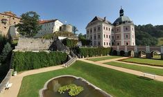 Palaces, Villas, Cathedral, Castle, Mansions, House Styles, Palace, Luxury Houses, Villa