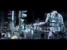 Cool commercial featuring 11 foot tall puppets Amazing in Motion - 'Steps'