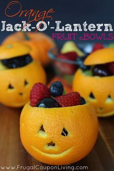Jack O Lantern Oranges - easy to make fruit cups for Halloween - so simple and so fun! Tutorial on Frugal Coupon Living.