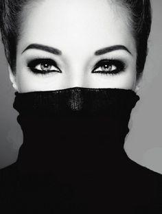 beautiful eyes! so striking