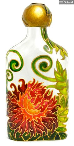 Wine Bottle Art, Wine Bottle Crafts, Hand Painted Dishes, Painted Glass Bottles, Bottle Painting, My Glass, Stained Glass Art, Glass Design, Diy And Crafts