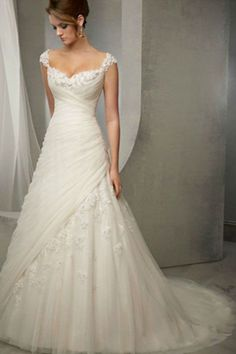 2014 Straps A Line Wedding Dress Pleated Bodice With Crystal Beaded Appliques
