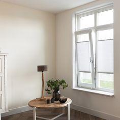 Fenster ohne Sichtschutz? Das ist doch nur was für Leute mit hübschen Nachbarn 😂 Wer möchte einen Sichtschutz? 🙋♀🙋♂ dann montiert euch ein verstellbares Plissee ans Fenster ______ #MySolRoyal #SolRoyal #Sichtschutz #Plissee #homedetails #interior #interieur #wohnen #roomwithaview #window #einrichtung #windows #altbau #roominspiration #livingroom #schlafzimmer #homeinspiration #zuhause #wohnung #roomdecor #home #funny #Witz #interiordesign #decoration #homedecor #bedroom #kitchen… Home Design, Interiordesign, Windows, Home Decor, Windows And Doors, Decoration Home, Home Designing, Room Decor, Home Interior Design