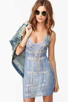 #denimdaze i love it but without that waist coat she has in her hands. Some double denim outfits don't work