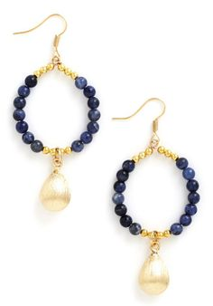 pretty beaded earrings  http://rstyle.me/n/m64dspdpe