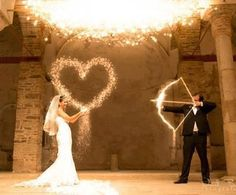 Fun Wedding Photo <3   THIS IS AWESOME!!