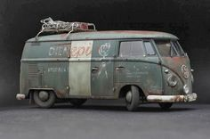 First is the VW in scale completed couple of years ago. It is the model well published in the model magazines accross the world, and model show winner on couple of occasions. Volkswagen Transporter, Volkswagen Bus, Vw T1, Caricature, Split Screen, Day Van, Model Magazine, Vintage Models, Model Building