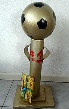 Voetbal beker Sinterklaas surprise thema wk
