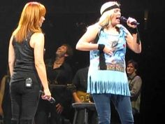 Reba & Melissa Peterman - I'm A Survivor - Buffalo, NY - 10/16/10