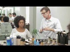 Assista esta dica sobre Tutorial Estilo Renner - Maquiagem para Festa - Pele Negra e muitas outras dicas de maquiagem no nosso vlog Dicas de Maquiagem.