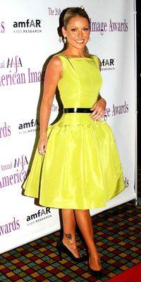 Kelly Ripa in Oscar De La Renta - 100 Best Dresses of the Decade - Get Star Style - Fashion - InStyle