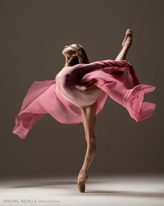 Ellison Ballet student Juliette Bosco (photo by Rachel Neville)