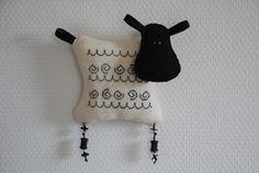 Un petit mouton - l'Atelier d'Hélène