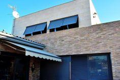Chalet funcional en Cabrera de Mar/Functional house in Cabrera de Mar Garage Doors, Outdoor Decor, House, Home Decor, Decoration Home, Home, Room Decor, Home Interior Design, Homes