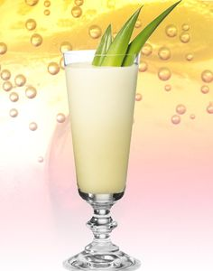 Discover cocktail recipes, food and wine matches, and guides to all your favourite liquor at Dan Murphy's. Pineapple Coconut, Pineapple Juice, Lime Juice, Coconut Cream, Coconut Milk, Holiday Drinks, Pina Colada, Simple Syrup, 21st Birthday