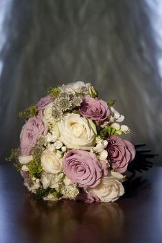 Elegant Rustic Wedding Bouquet Keywords: #rusticweddings #jevelweddingplanning Follow Us: www.jevelweddingplanning.com  www.facebook.com/jevelweddingplanning/