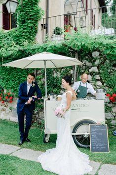 Destination Wedding - Mitä ottaa huomioon? Lace Wedding, Wedding Dresses, Italy Wedding, Destination Wedding, Fashion, Bridal Dresses, Moda, Bridal Gowns, Wedding Gowns
