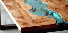 How to Make a Resin and Wood Coffee Table - Basement ideas - - Wood Coffee Table - Resin Wood Diy Resin Coffee Table, Diy Resin River Table, Resin And Wood Diy, Epoxy Wood Table, Epoxy Resin Wood, Rustic Coffee Tables, Coffee Table Design, Resin Art, Resin Crafts