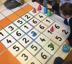 """""""Gry matematyczne"""" M. Dąbrowskiego - jak wykorzystać w pracy z przedszkolakami ~ Kodowanie na dywanie"""