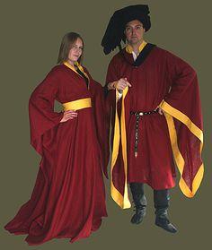 Medieval Clothing and Footwear- 15th Century Womens Houpplelande