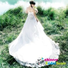 Style 2025, Graceful Organza Ball Gown Sweetheart Chinese Wedding Dress by CBG.
