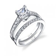 Classic Tapered Princess Cut Diamond Engagement Ring