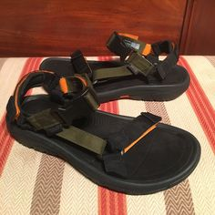 dcfcbe8e05e9 8 Awesome Teva Mens - outdoor shoes from Robin Elt images