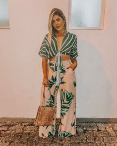 Look alla moda Primavera Estate le tendenze! Hawaii Outfits, Chic Summer Outfits, Casual Summer Outfits For Women, Trendy Outfits, Fashion Outfits, Fashion Ideas, Girly Outfits, Summer Clothes, 90s Fashion