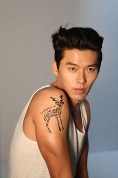Esteeming: Hyun Bin – The Fangirl Verdict Hyun Bin, Korean Star, Korean Men, Asian Actors, Korean Actors, Dennis Oh, Lee And Me, Ha Ji Won, Kdrama Actors