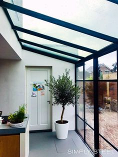 Steel greenhouses and roof lights - Simply Steel Rear Extension ideas. Extension Veranda, Conservatory Extension, Glass Extension, Rear Extension, Extension Designs, House Extension Design, House Design, Extension Ideas, Loft Design