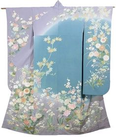 "This is a glamorous Furisode Kimono with a design of flowers such as ""Fuji"" (wisteria), 'Kiku'(chrysanthemum) and 'Kaede'(maple leaf), which is dyed on 'Somewake'(dyed in various colors) base."