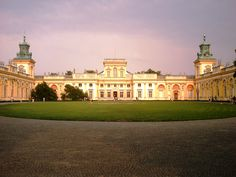 https://flic.kr/p/5qW2CB | Wilanów Palace | Beautiful Palace set in large relaxing gardens