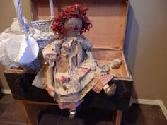 Primitive RaGGeDy ANN DoLL AnTiQuE LaCe and BuTToNs ViNTagE FaBricS AnnIE DoLL