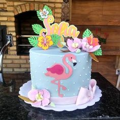 Cake with carrot and ricotta - Clean Eating Snacks Cupcakes Cool, Fondant Cupcakes, Flamingo Cake, Flamingo Birthday, Birthday Cupcakes, Birthday Parties, Aloha Cake, Flamenco Party, Pool Party Cakes