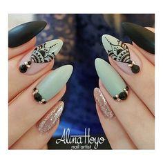 Beautiful nails by ?Swan Nails page is dedicated to promoting quality inspirational nails created by International Nail Aztec Nail Designs, Toe Nail Designs, Crazy Nail Art, Crazy Nails, Henna Nails, Blush Nails, Drip Nails, Plaid Nails, Tribal Nails