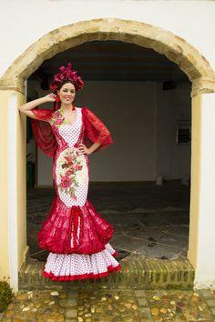 Vísteme de blanco.... · Moda Flamenca por Cayetano Gómez vía ¡Ay Maricrú!