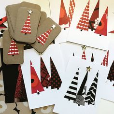 Christmas cards, Marimekko , diy Modern Christmas Cards, Christmas Cards To Make, Noel Christmas, Christmas Gift Tags, Handmade Christmas, Christmas Ornaments, Christmas Stockings, Christmas Projects, Holiday Crafts