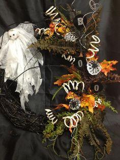 halloween spooky wreath for a door