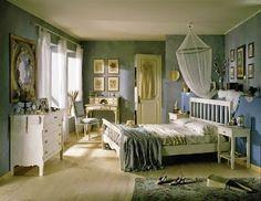 camera da letto shabbychic | Mobili a Colori - Arreda in stile shabby la tua camera! Google+ | #camerashabby #letto shabby