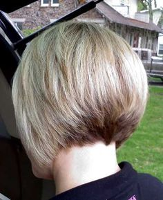 The short haircut is popular in recent years, and one of the most hot short haircut is bob cut. The bob haircut looks perfect on women of all ages and even. Blonde Bob Haircut, Blonde Haircuts, Short Bob Haircuts, Blonde Balayage Bob, Blonde Bobs, Short Blonde, Curly Bob Hairstyles, Hairstyles Haircuts, Short Hair Cuts