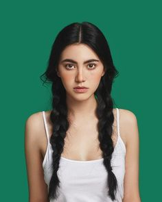 Davika Hoorne, à goddess! Pretty People, Beautiful People, Mai Davika, Photographie Portrait Inspiration, Female Character Inspiration, Poses References, Interesting Faces, Drawing People, Woman Face