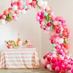 amazing balloon arch!