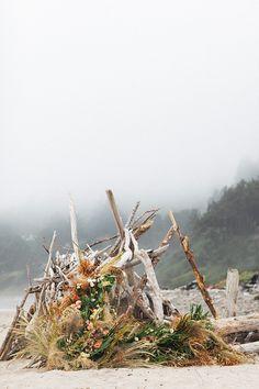 Oregon Elopement With Coastal Elegance ⋆ Ruffled Ceremony Backdrop, Elopement Inspiration, Wild And Free, Flower Fashion, Minimalist Wedding, Woodstock, Event Design, Wedding Reception, Oregon