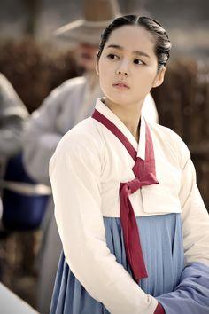 Korean hanbok - joseon era clothing - cream, dove grey, mulberry