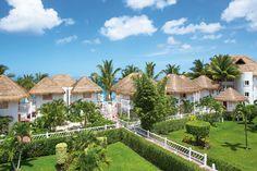 The lush gardens at Sunscape Sabor Cozumel. #resort